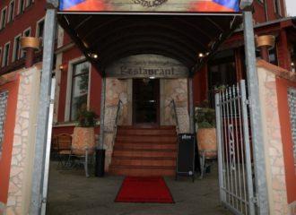 Der Eingang des Restaurant Hurvinek